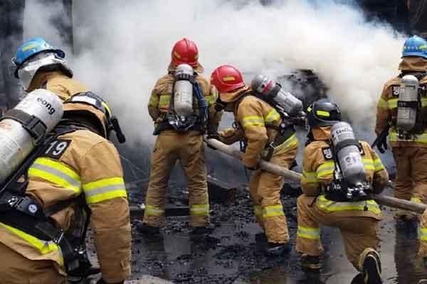 kosakata korea petugas pemadam kebakaran pic