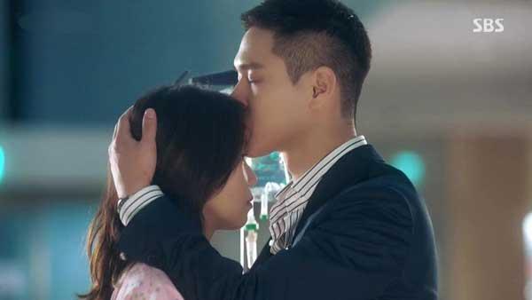 quiz tebak gambar scene romantis drama korea Jealousy Incarnate jpg