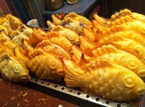 bungeoppang jajanan roti berbentuk ikan khas korea jpg