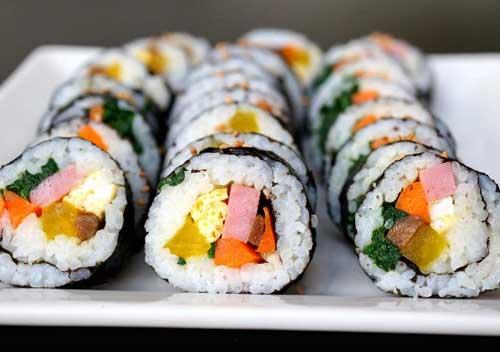 gambar kimbap makanan khas korea dari nasi jpg