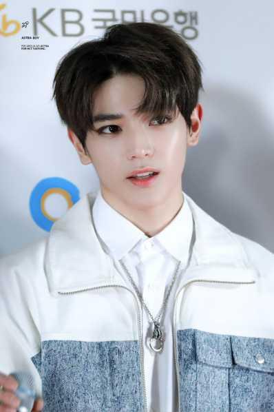 foto ganteng lee taeyong super m masa remaja