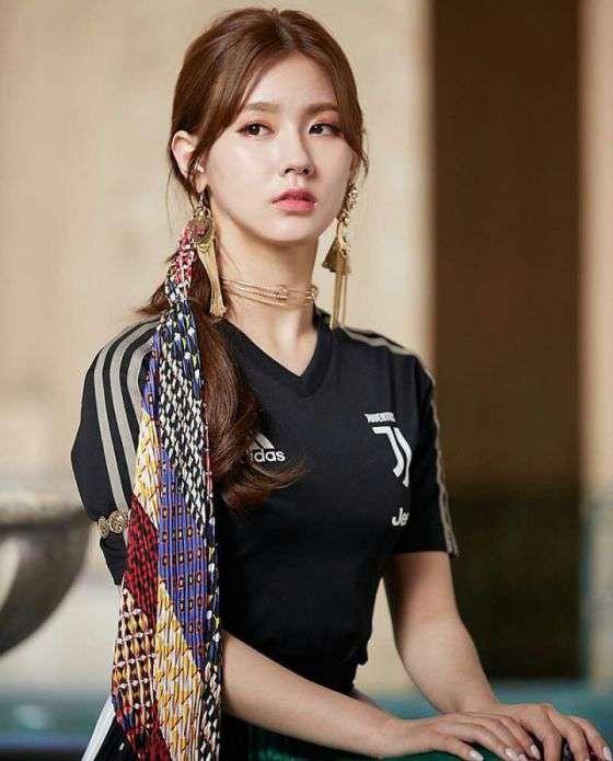 foto dan nama member g idle cho mi yeon