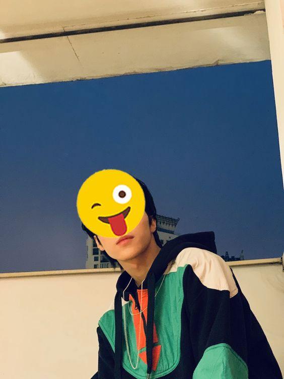 foto Hendery-wayv-nct-emoji