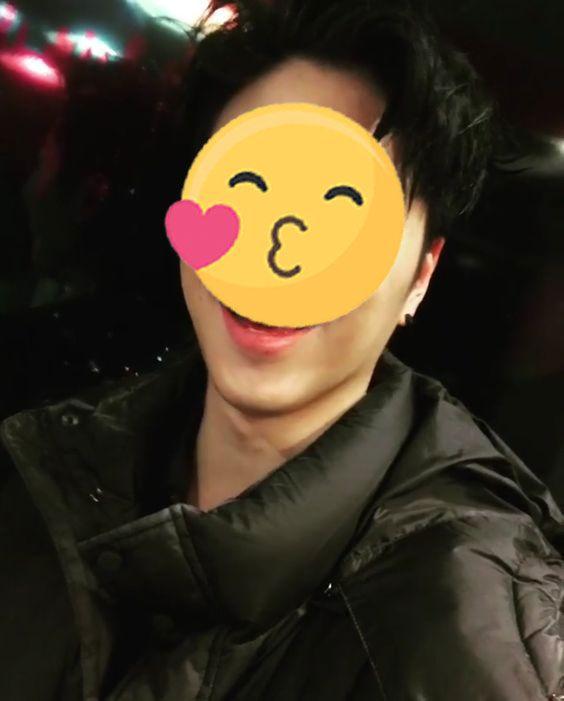 june-ikon-Koo-Jun-hoe-cute-emoji