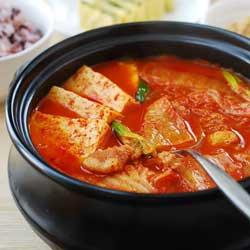 makanan khas korea kimchi ccigae jpg