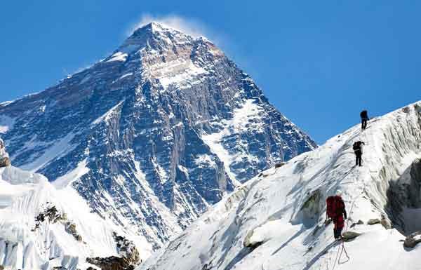 mount everest gunung tertinggi di dunia img