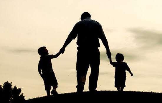bahasa koreanya ayah - gambar bapak dengan dua orang anak